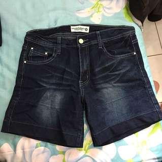 🚚 深藍色牛仔短褲-XL#大掃除五折