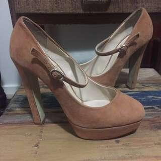 Women's Tony Bianco heels size 7