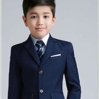 Brand new Kids suit: