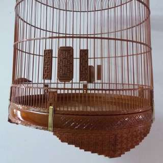 Shama 22/23 cage with carvings and detachable crown