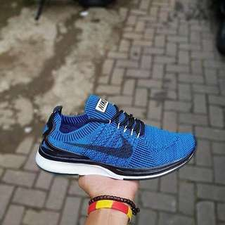 Nike flyknit racer men