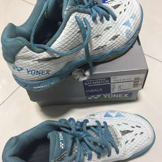 Yonex Power Cushion Aerus LX Pale Blue Woman Shoes