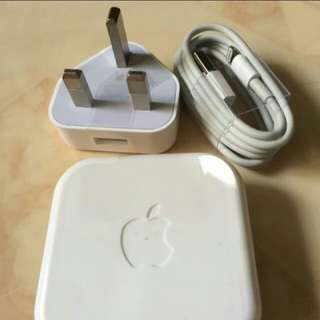 Apple Charger Set And Earpiece for iphone 5/6/7