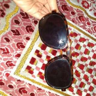 Sunglasses coklat