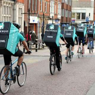 Deliveroo part time job! Start today!