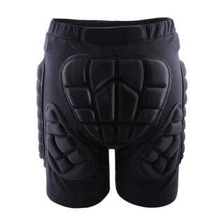 Padded shorts for ski/snowboard
