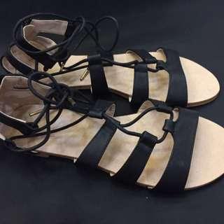 Sandal Zalora