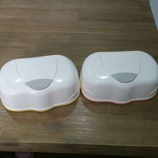 Pigeon wipes containers