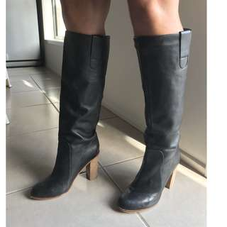 'Witchery' Black Soft Leather Knee Length Slip on Boots with wooden heels, EUR37.