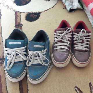 2 sepatu 200 rb .jual Sepatu GUMMO/RSCH Yg biru size 39 yg merah size 40