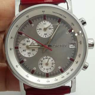 DKNY chronograph MOP red leather