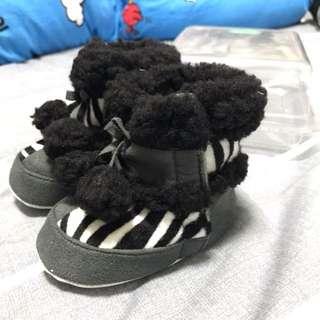 100% New 毛毛boot