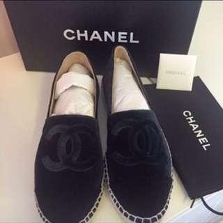 全新Channel藍黑絨布鉛筆鞋