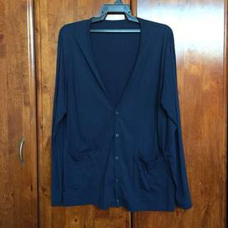 Uniqlo Cardigan with buttons