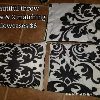 Beautiful throw pillow & 2 matching pillowcases