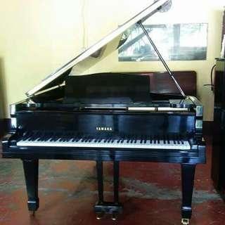 Original Yamaha Grand Piano