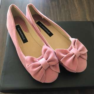 Pink ribbon flats shoes
