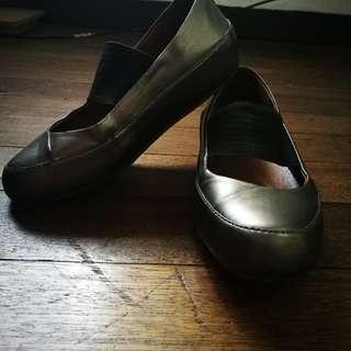 Fitflops Due MJ Nubuck Ballet Flat Shoes