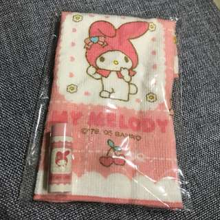 Hello Kitty towelette and eraser