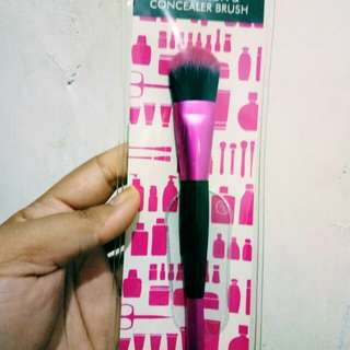 Brush foundation and concelar Guardian (New)
