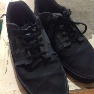 Dc shoe black