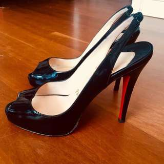 Christian Louboutin Shoes size 37