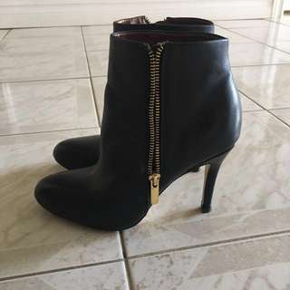 * PRICE DROP - Banana Republic Leather Heeled Ankle Boots
