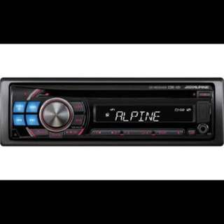 ALPINE CDE-121E CD PLAYER RECEIVER. Car Radio And Audio System