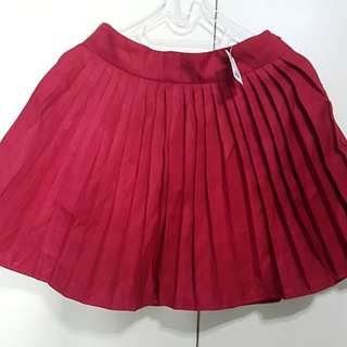 Brand New with Tag Red Wine Pleaty Short Skirt