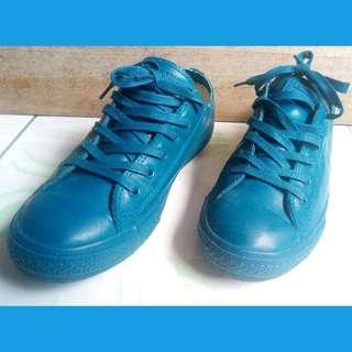 CUTEST Converse RUBBER shoes