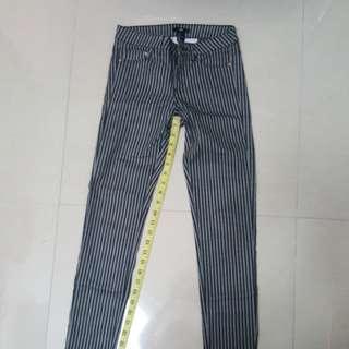 Skinny stripe jeans H&M sz 34/4