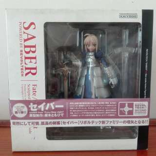 Saber Revoltech Authentic