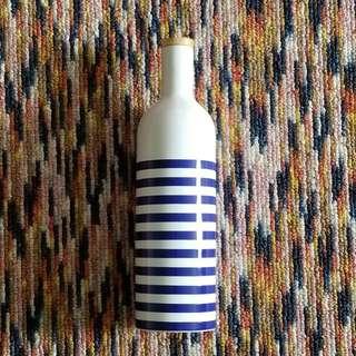 Price cut! Decorative ceramic bottle
