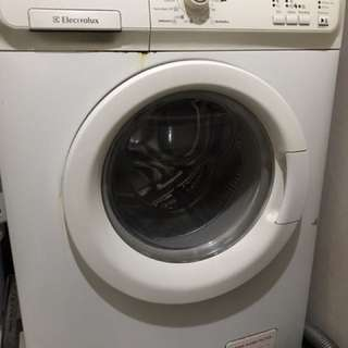 Electrolux Front-Load Washer (7kg)