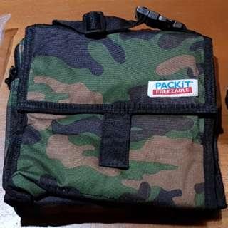 Packit mini lunch bag/freezable breastmilk cooler