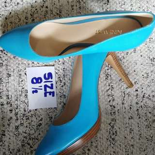 Branded shoes from US