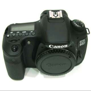 Cheapest on Carousell! Canon 60D body with battery grip!
