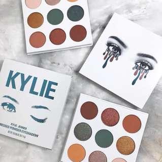 Kylie The Blue Honey Palette kyshadow