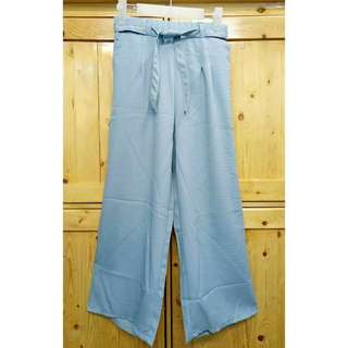 Windy pants