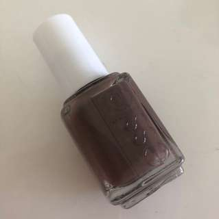 AUTHENTIC Essie brown Hot Coco full size nail polish nail varnish dark brown cream