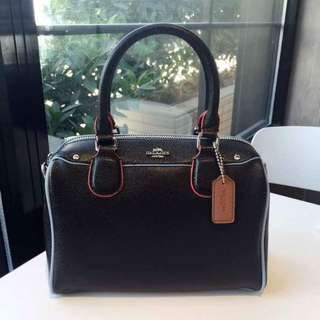Coach bag with slinf