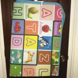 Playmat for babies and toddlers