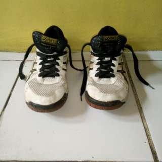 Authentic Asics Volleyball shoes