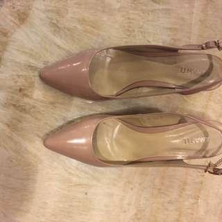 Amante kitten heels