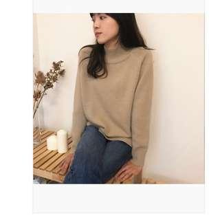 🚚 Bubbly 半領駝色羊毛衫