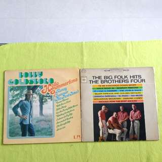 2LP. BOBBY GOLDSBORO/THE BROTHERS FOUR/ hello summertime/the big folk hits. (Buy 1 get 1 free ) Vinyl record