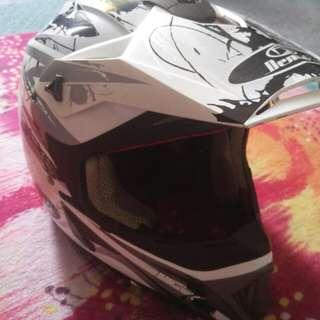 helmet scrambler scrembler demark jual/swap