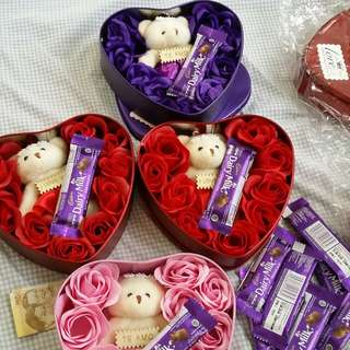 9roses with teddy bear  with FREE dairy milk chocolate