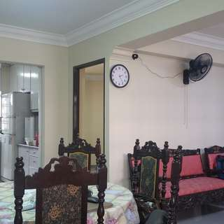 3+1 ...  JURONG WEST ST 75 BK 735 FURN, WHOLE FLAT FOR RENT, PLS CALL 9459 8818