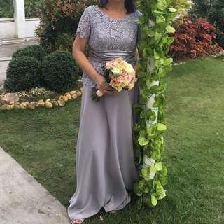 Gray gown for rent